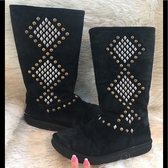 c7e137e52ec Tall black Studded Ugg Boots 9